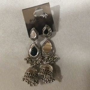 unknown Jewelry - Unique silver color mirror earrings(2/$18)